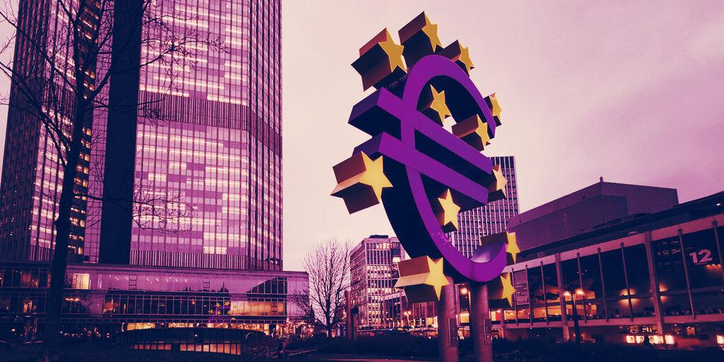 Bitcoin 'Doesn't Fulfill Basic Properties of Money': ECB Board Member