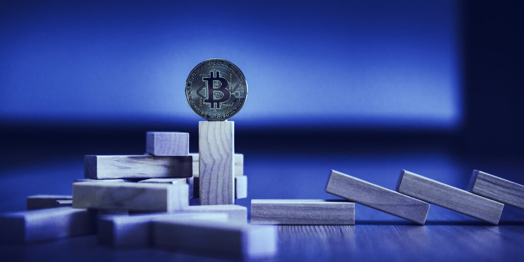 Bitcoin recovers from failed attempt at $10,000