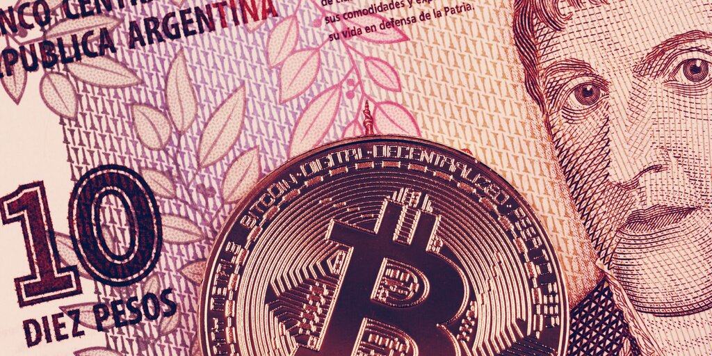"Bitcoin transactions soar ahead of Argentina's ""worst crisis"" ever"
