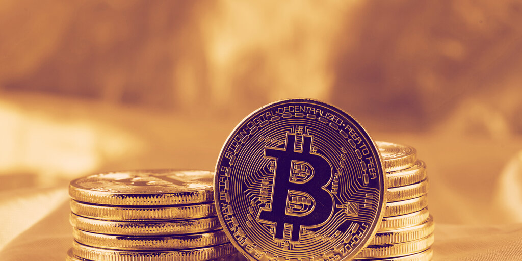 Average Bitcoin Transaction Fee Hits Lowest Level Since January As Market Cools Down