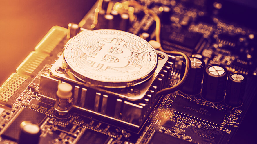 Bitcoin's hash rate rebounds strongly after the halving
