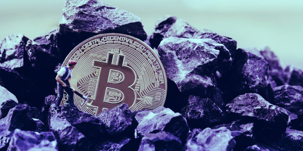 Bitcoin mining farm buys up 17,600 miners—despite the halving