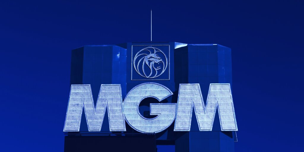 Hackers sell bigger MGM Grand data leak for Bitcoin on dark web