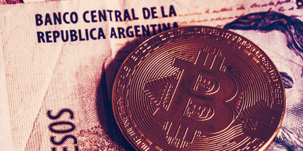 Argentina sets new Bitcoin trading record as economy worsens