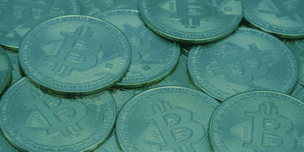 How many Bitcoin does its inventor Satoshi Nakamoto still own?