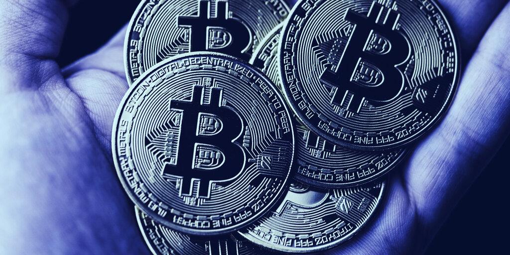 $11 Million Worth of Satoshi-era Bitcoin Just Moved