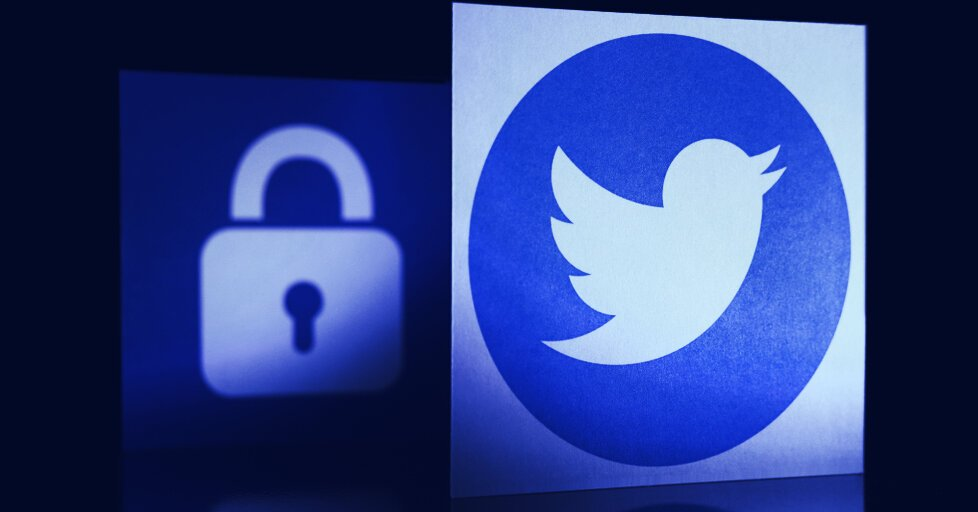 Confiscated Twitter Handle Given to Cameron Winklevoss