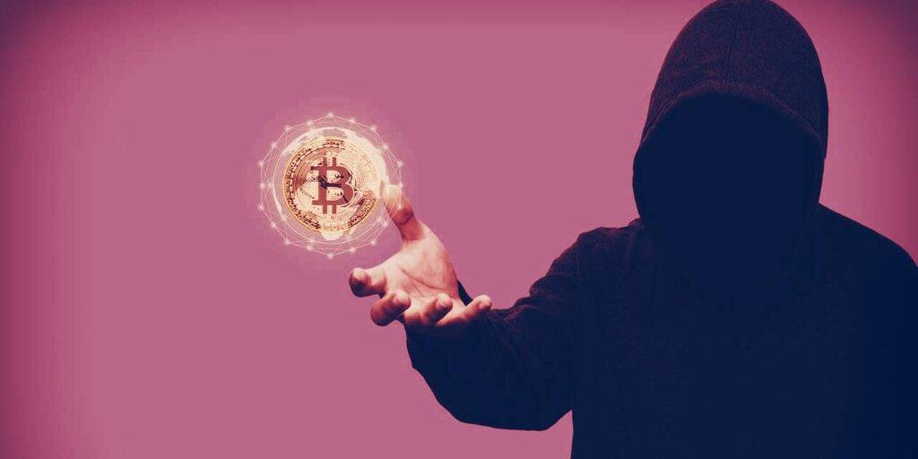 Half a Million in Satoshi-era Bitcoin Just Moved to Bitfinex
