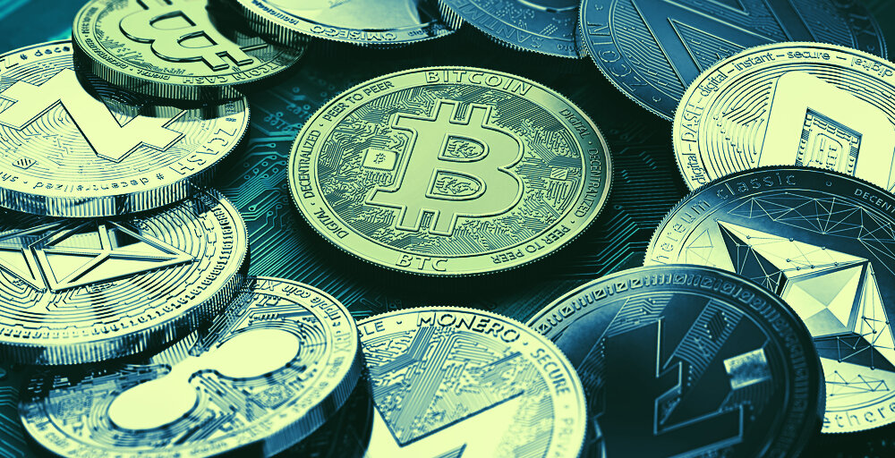 Altcoins Rise While Bitcoin's Price Holds Steady