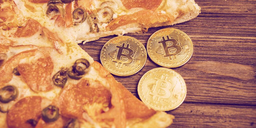 Bitcoin Pizza (Store) Day: California Pizza Store Sold for BTC