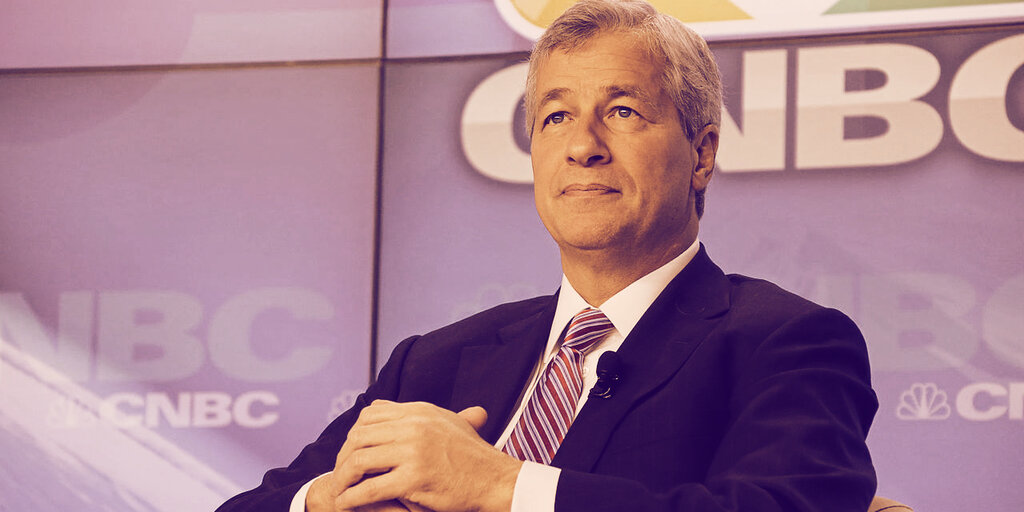 JP Morgan's Jamie Dimon: Bitcoin Still 'Not My Cup of Tea'