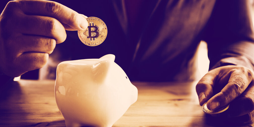 Former Federal Reserve Governor Now On Board with Bitcoin