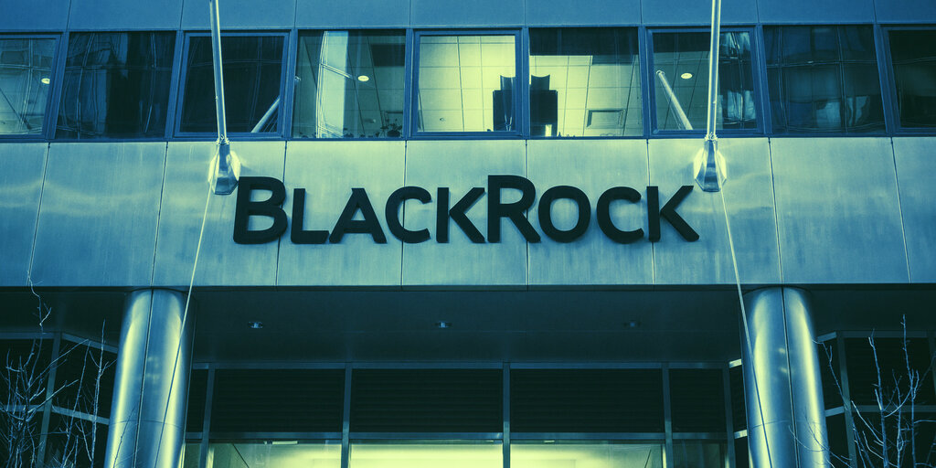 World's Largest Asset Manager BlackRock Is 'Dabbling' In Bitcoin: CIO