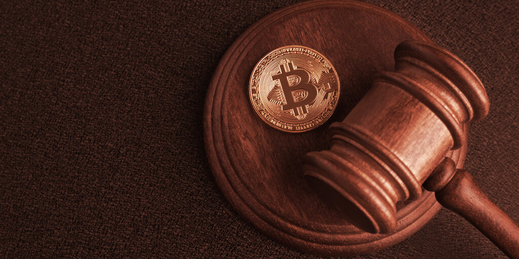 Michael Burry of 'Big Short' Fame: Governments Will 'Move to Squash' Bitcoin