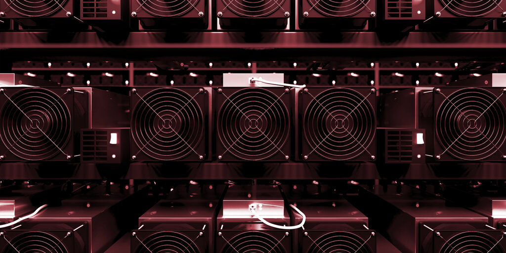 Russia Receives Largest Shipment of Bitcoin Miners Ever