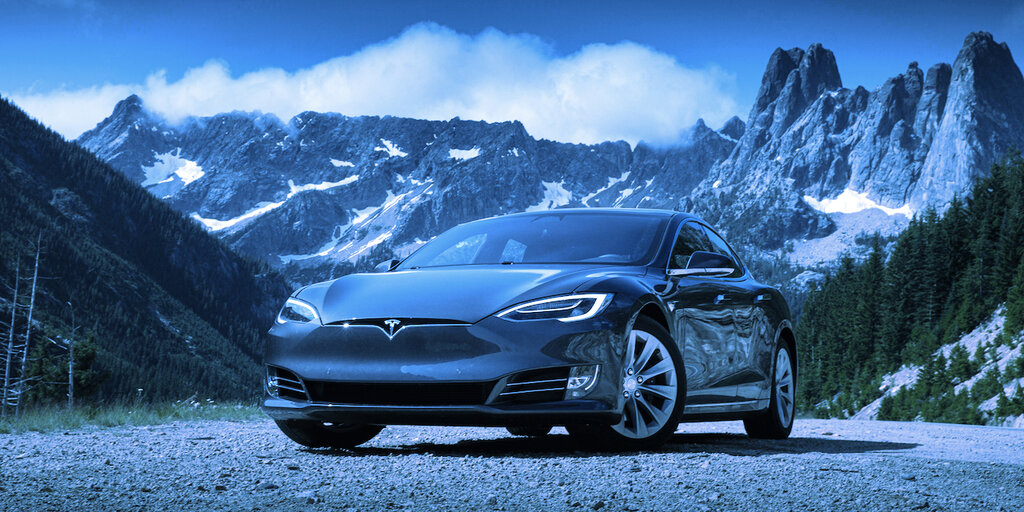 Here's How Much a Fully Loaded Tesla Model S Will Cost You in Bitcoin