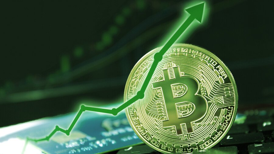 Bitcoin Leads Crypto Market Rebound With 10% Surge