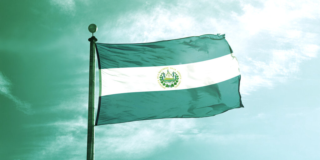 US Dollar Still Legal Tender in El Salvador, Says Trade and Investment Minister