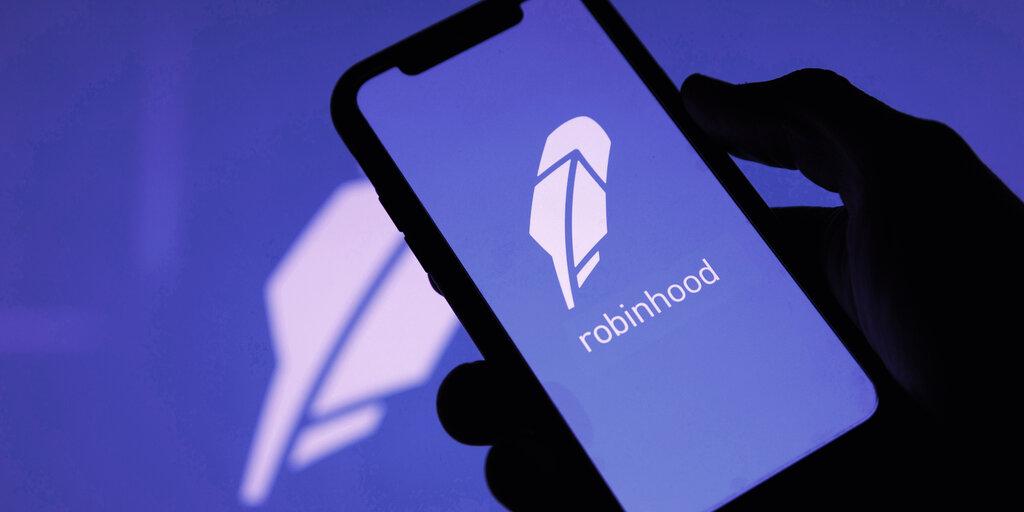 Robinhood Hits $32 Billion Valuation After $2.1 Billion IPO