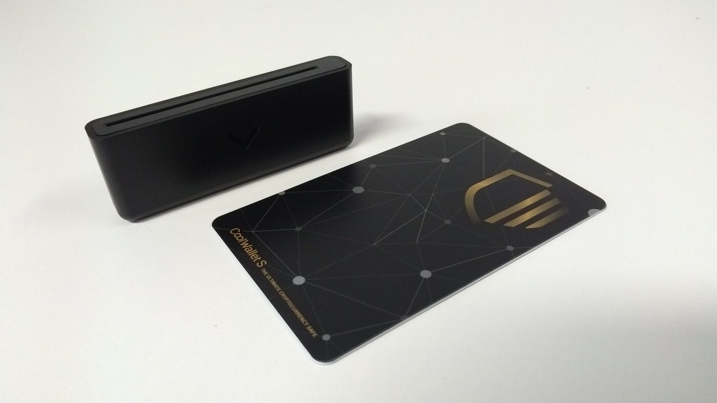 Cool Wallet S hardware wallet