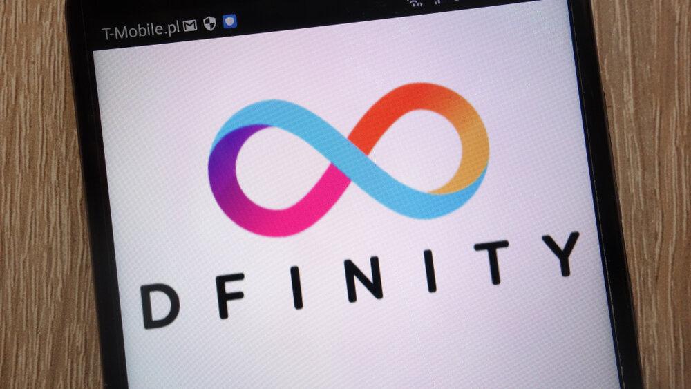 Dfinity creates a blockchain LinkedIn