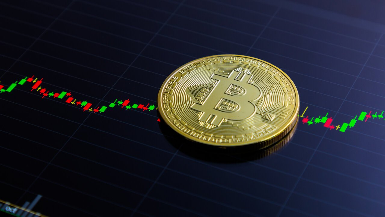 The Bitcoin futures market roared yesterday, correlating with positive price action that had Bitcoin nearly hit $9,000 per coin.