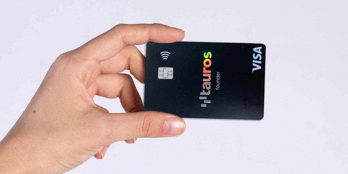 La tarjeta Tauros permite invertir en Bitcoin y otras criptomonedas y gastarlas en puntos de venta normales. Imagen: Tauros