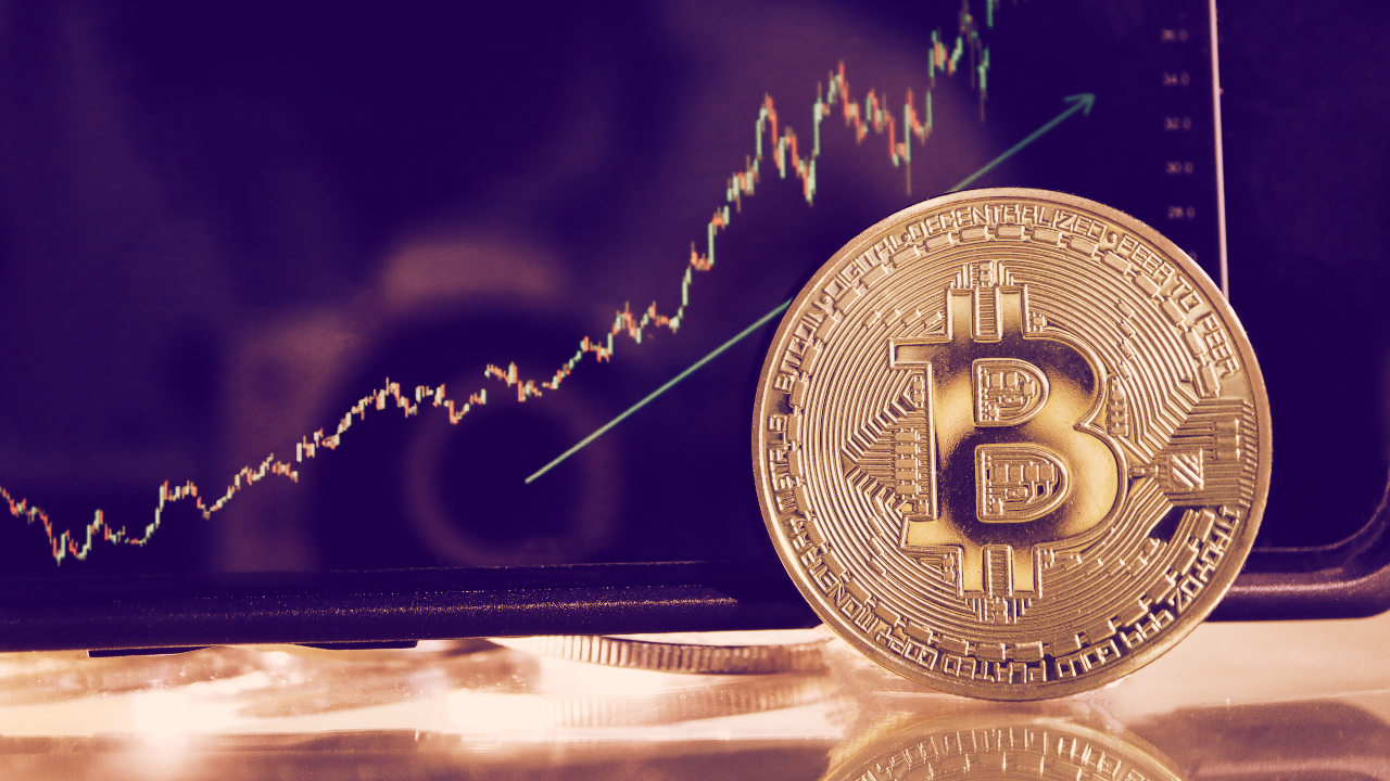 Bitcoin Rebounds From Colonial Pipeline Panic, Price Spikes 13%