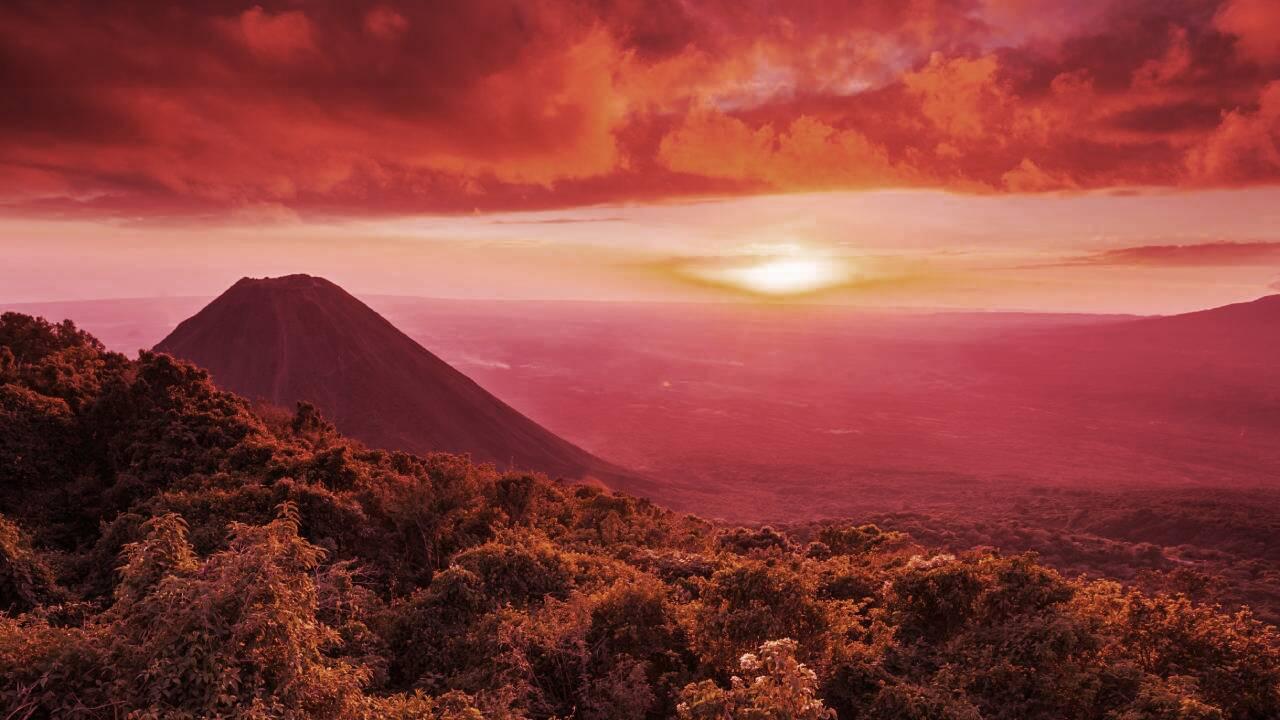 El Salvador President: Volcano-Powered Bitcoin Mining Has Begun
