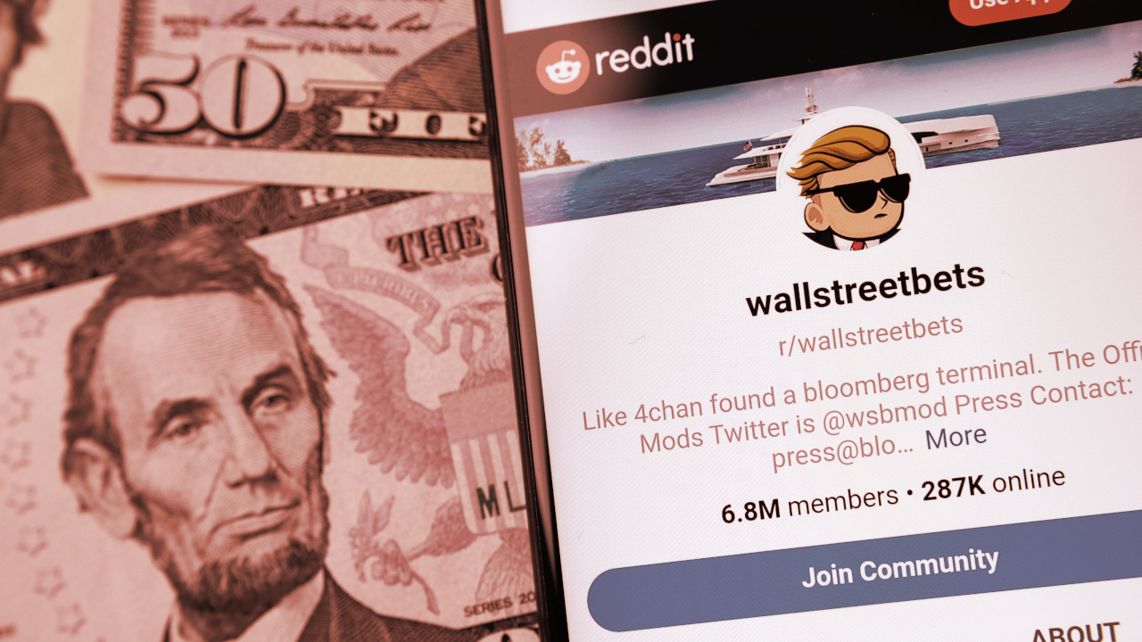 WallStreetBets Reddit Group Opens Up to Bitcoin, Ethereum, Dogecoin