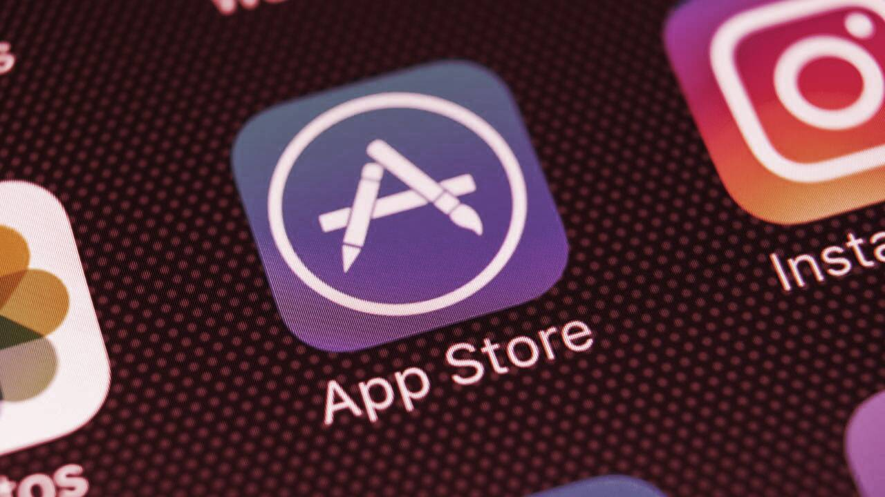 Apple Blocks Ethereum Wallet Gnosis Safe From App Store Over NFTs
