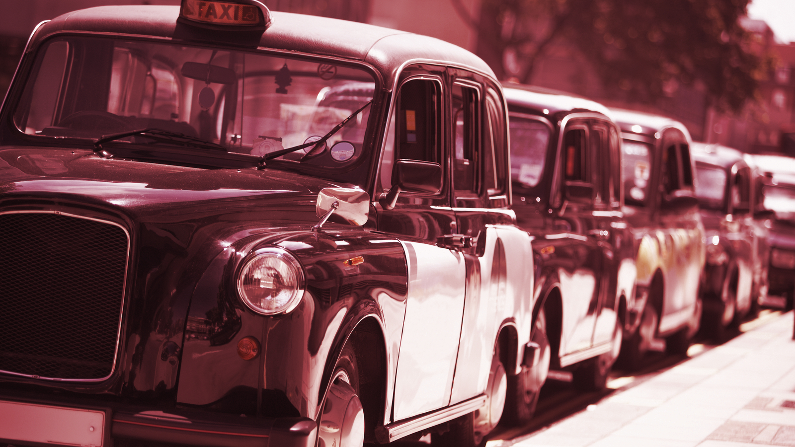 10,000 UK Taxis to Take Crypto Payments on Ethereum - Decrypt