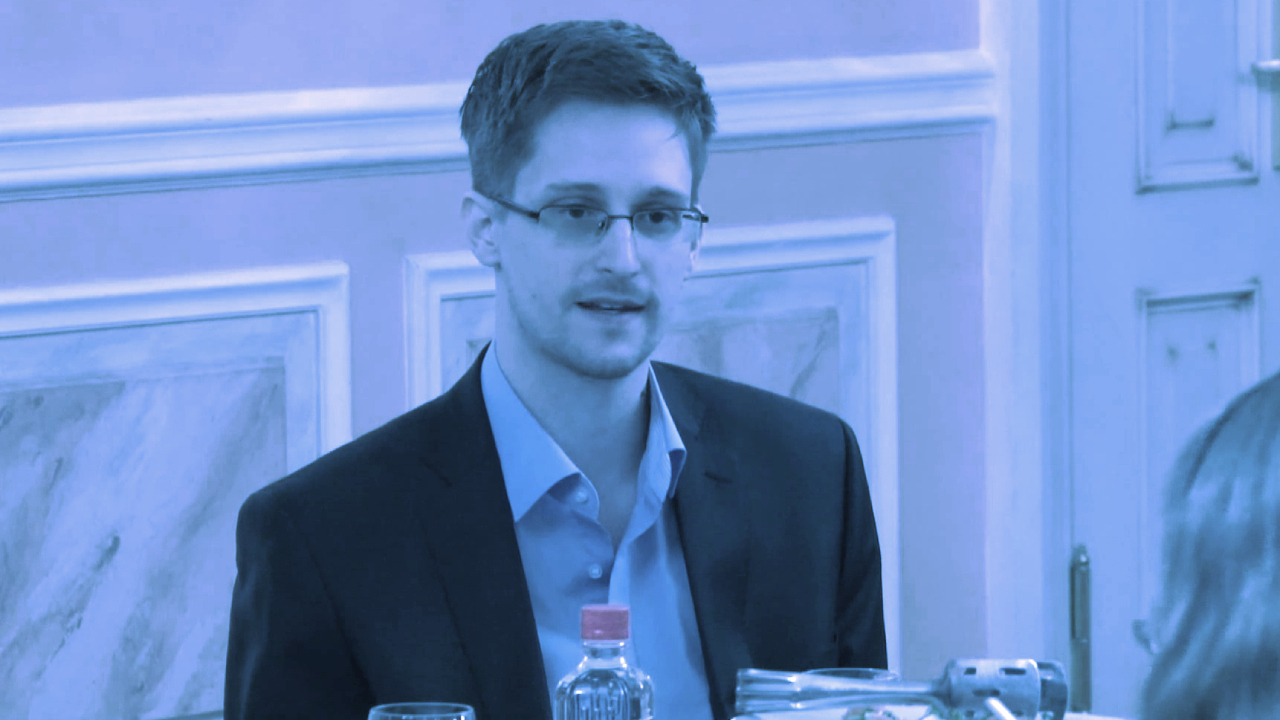 Edward Snowden: CBDCs Are 'Cryptofascist currencies' That Could 'Casually Annihilate' Savings