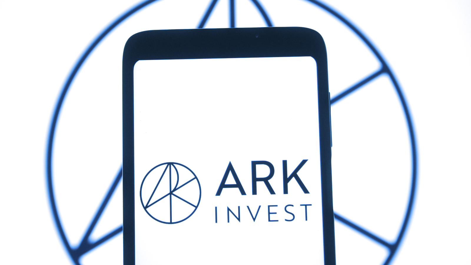 ARK Invest Bought $29M Shares in Grayscale Bitcoin Trust During Crash