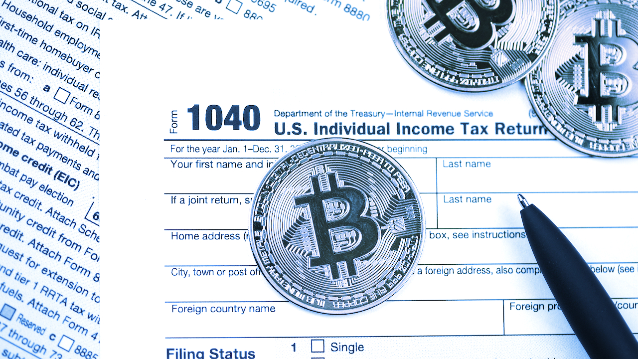 El Salvador 'Legal Tender' Move Unlikely to Change US Tax on Bitcoin: Former IRS Counsel