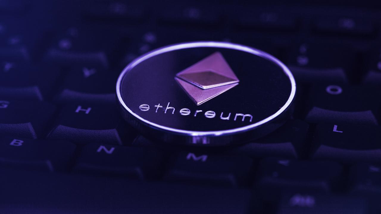 Ethereum Sheds 7.6% as Crypto Markets Stumble