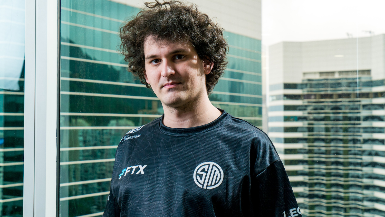 FTX CEO Sam Bankman-Fried sporting a TSM jersey