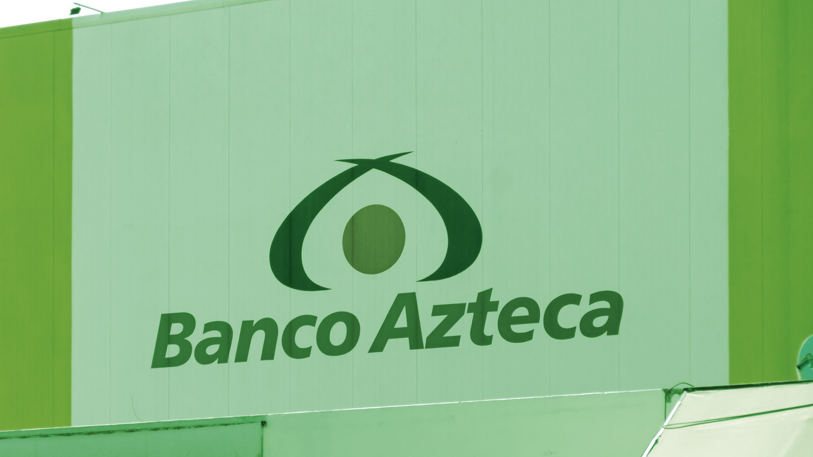 Billionaire Salinas Wants to Make Mexico's First Bitcoin-Accepting Bank